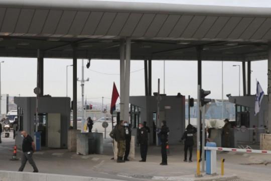 إدانة ضابط في جيش الاحتلال باقتراف جرائم اغتصاب بحق فلسطينيات والتحرش بفلسطينيين