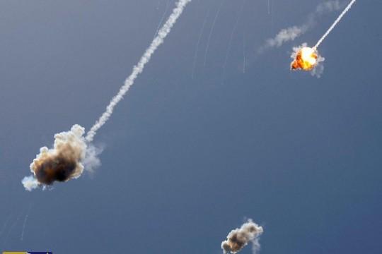 """الصواريخ الفلسطينية في مواجهة """"القبة الامريكية"""" في سماء فلسطين"""