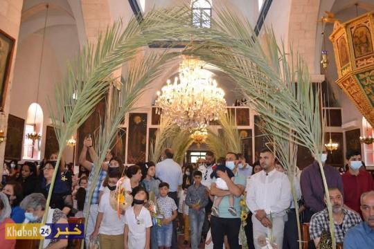 بالصور: الطوئف المسيحية تحتفل بأحد الشعانين في بيت لحم