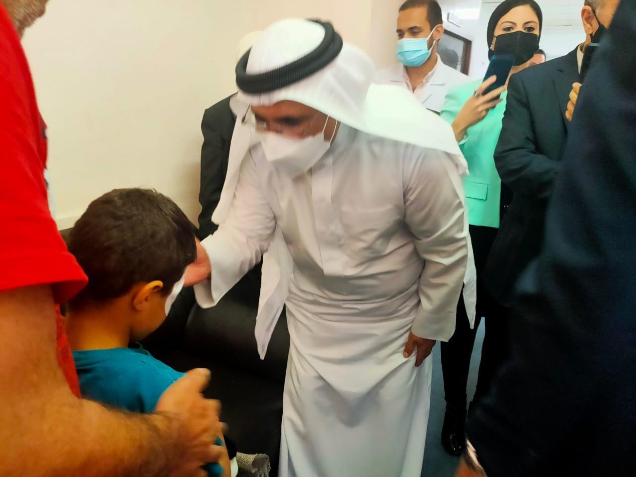 البرلمان العربي يعود جرحى العدوان الإسرائيلي على غزة في القاهرة