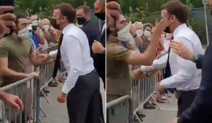 المتهم بصفع ماكرون يمثل اليوم أمام القضاء الفرنسي