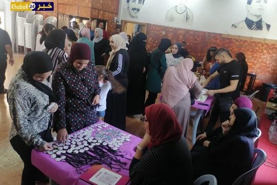 """بالصور والفيديو- افتتاح بازار"""" تراثي هويتي"""" لدعم المنتجات النسوية والتراثية في بيت لحم"""