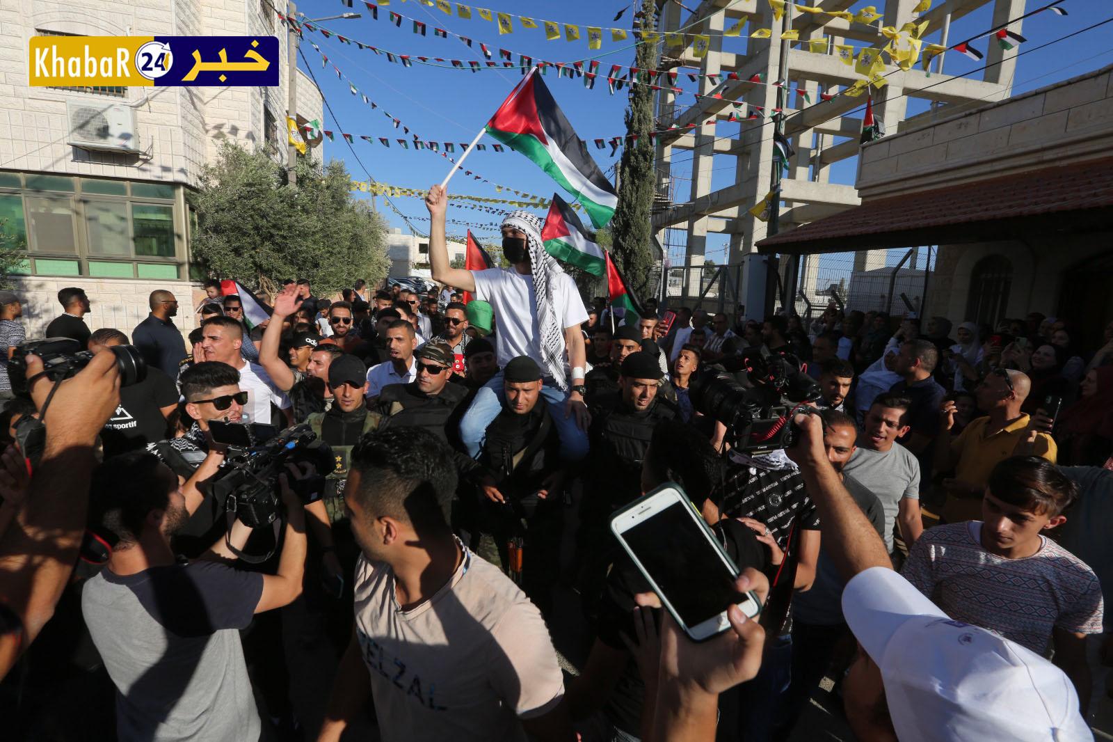 """بالفيديو : """"فتح""""  تنظم مهرجان الانتصار واستقبال الأسير الغضنفر أبو عطوان"""