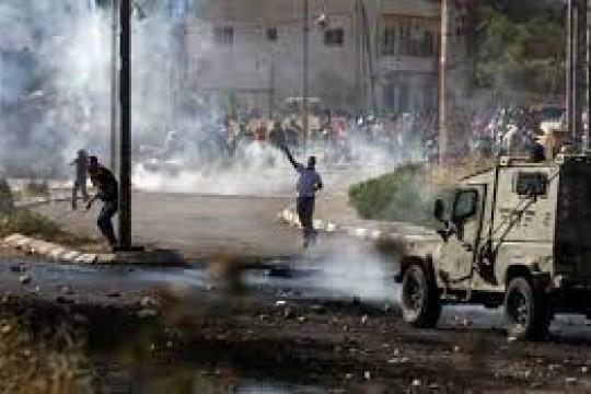 قوات الاحتلال تقتحم يعبد جنوب جنين وتعتدي على المواطنين وتحتجز عددا من مركباتهم