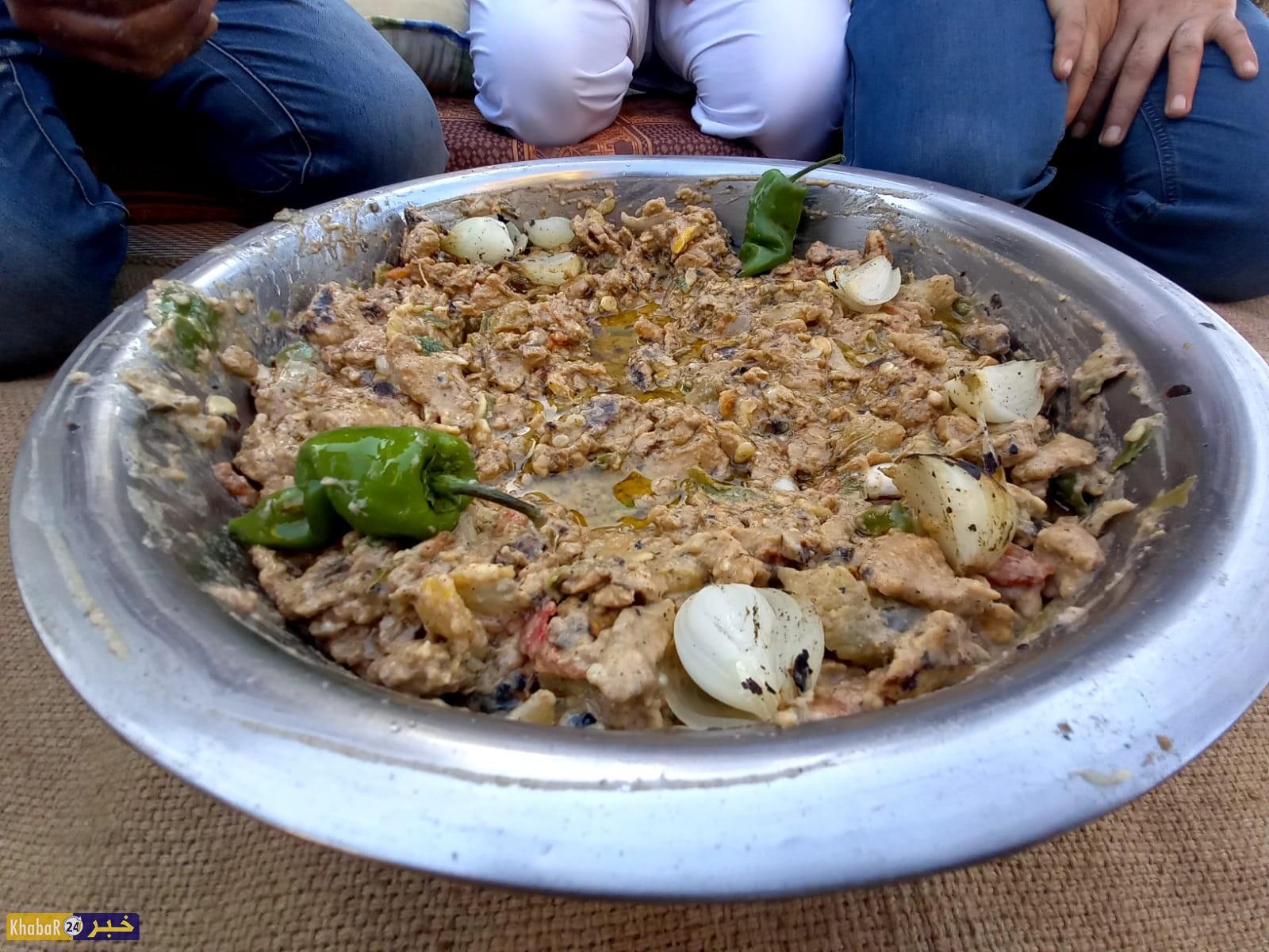 """""""فتة العجر"""" أكلة شعبية فلسطينية تراثية في محافظتي رفح وخان يونس"""