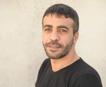 """أسرى """"عسقلان"""" يقررون إغلاق القسم الذي يقبعون فيه احتجاجاً على مماطلة إدارة السجون بنقل الأسير أبو حميد إلى المستشفى"""