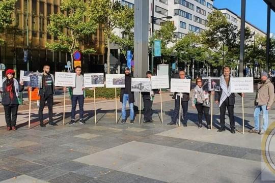 وقفة احتجاج أمام مقر انعقاد المؤتمر العالمي لمواجهة معاداة السامية في السويد