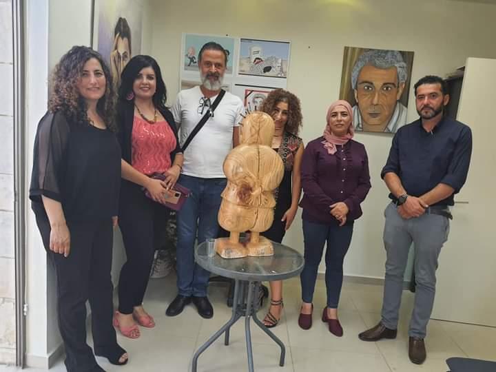 """بالصور.. """"ناجي العلي ريشة وطن"""" معرض فني في حيفا في ذكرى استشهاد العلي"""