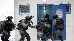 قنبلة ضوئية إسرائيلية تشعل حريقا كبيرا في الأراضي اللبنانية