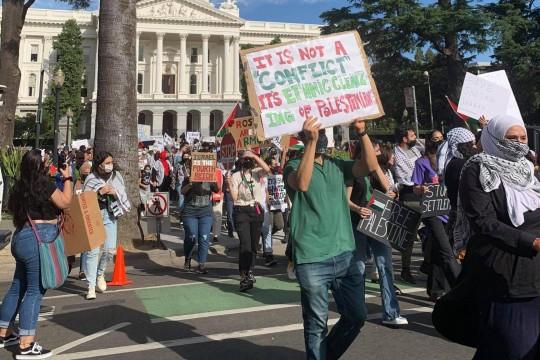 بالصور.. مسيرات تجوب المدن الأميركية رفضاً للعدوان الاسرائيلي