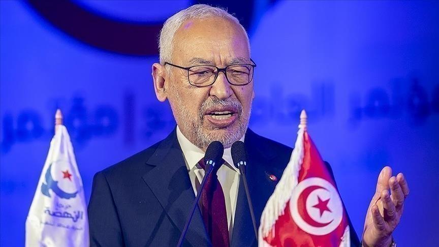 تونس.. عزل 5 مسؤولين في ديوان رئيس البرلمان الغنوشي