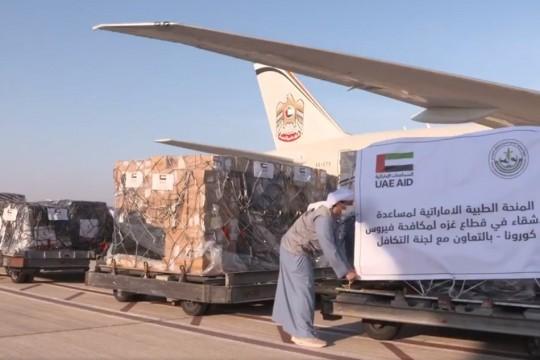 طائرة مساعدات طبية اماراتية الى قطاع غزة