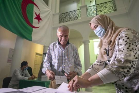 الانتخابات التشريعية في الجزائر 2021: اليوم توجه الناخبون الجزائريون إلى صناديق الاقتراع
