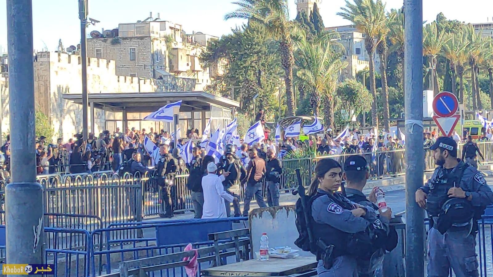 إصابة 33 مواطنا بالرصاص المعدني والعشرات بالاعتداء بالهراوات واعتقال 10 آخرين في القدس