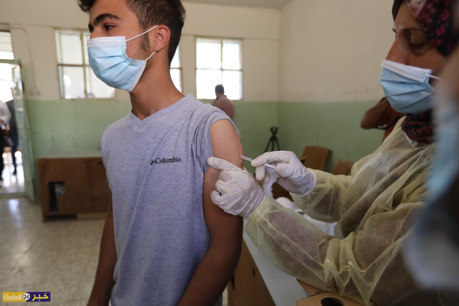 اطلاق المرحلة الأولى من حملة تطعيم طلبة المدارس الثانوية