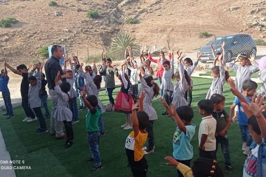 """الاحتلال يبعد مدير مدرسة """"المالح"""" لمدة 10 أيام عن المدرسة"""