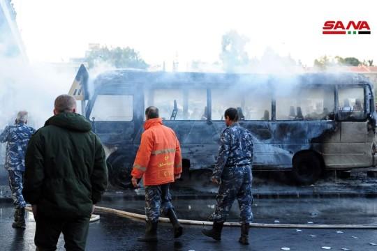 14 قتيلا و3 جرحى جراء استهداف حافلة للجيش وسط العاصمة السورية دمشق