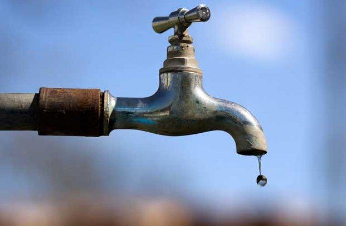 أرقام صادمة: 300 مليون شيقل قيمة خسائر الفاقد من المياه المتاحة في الضفة وغزة سنويا
