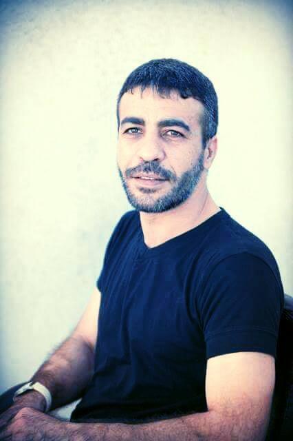 سلطات الاحتلال تماطل في نقل الأسير ناصر أبو حميد للمشفى رغم تفاقم وضعه الصحي