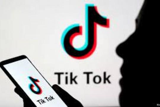 """""""تيك توك"""" تتيح الترشُّح للوظائف بتقديم سيَر ذاتيّة مصوّرة لا مكتوبة"""