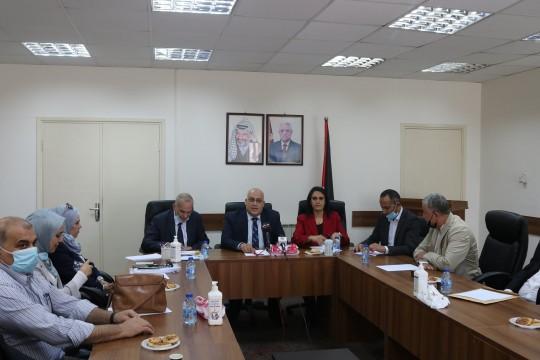 وزير العمل و وزير الاتصالات يعلنان إطلاق عمل نقابة العلوم المعلوماتية التكنولوجية الفلسطينية