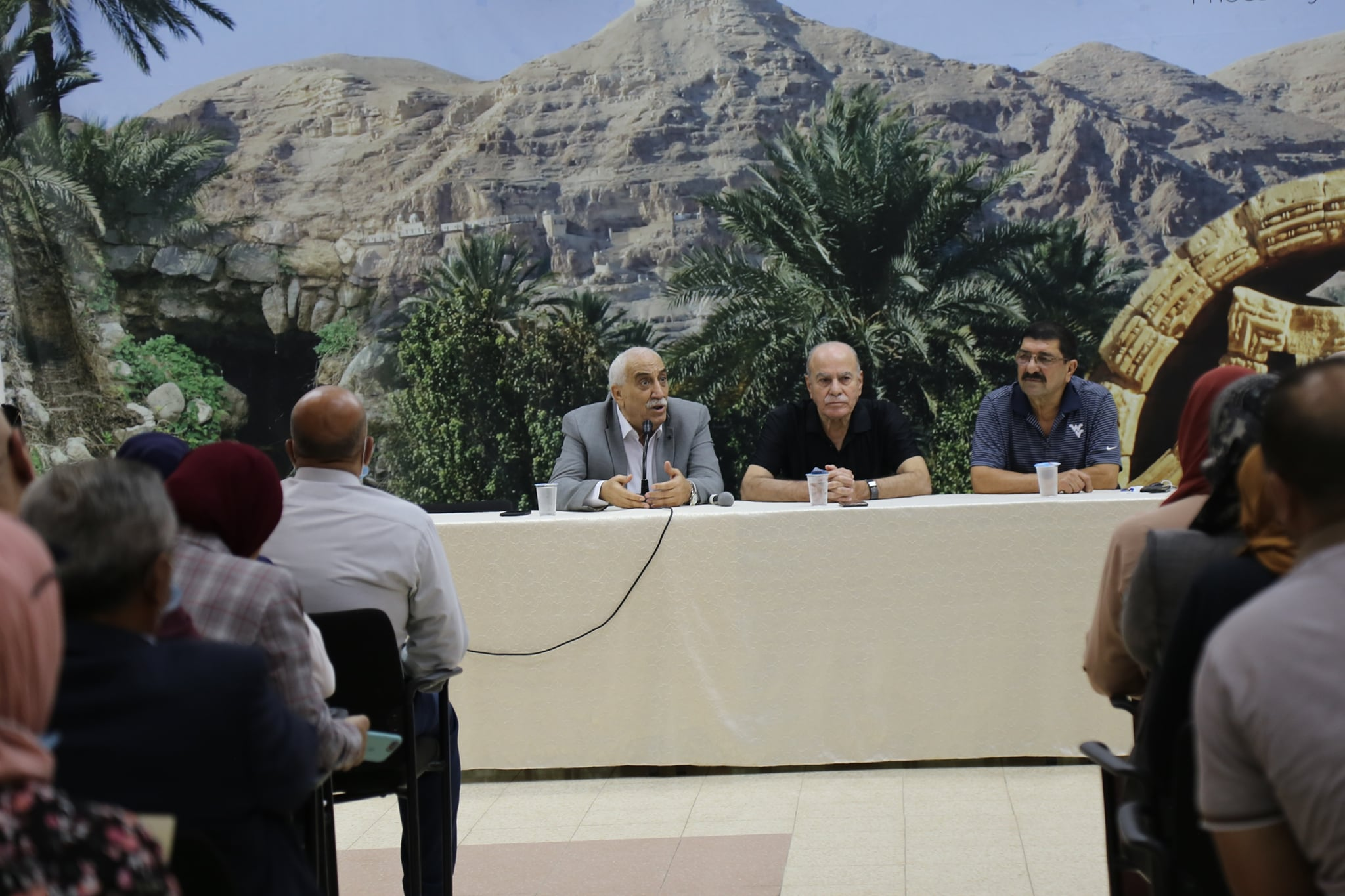 ابو العسل يدعو لدعم المنتج الوطني ومقاطعة منتجات المستوطنات