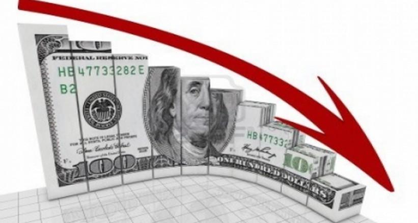 هبوط قوي للدولار بالتزامن مع العائد على سندات الخزانة الامريكية