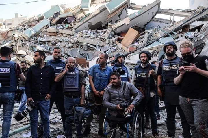إعلاميون: نصرة فلسطين فرض والوقوف مع زملاء المهنة واجب عظيم..
